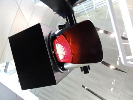 rood licht, door rood licht rijden, door rood rijden, verkeersovertreding, verkeersovertreding derde graad, overtreding, Boetecalculator, boete, verkeersboete