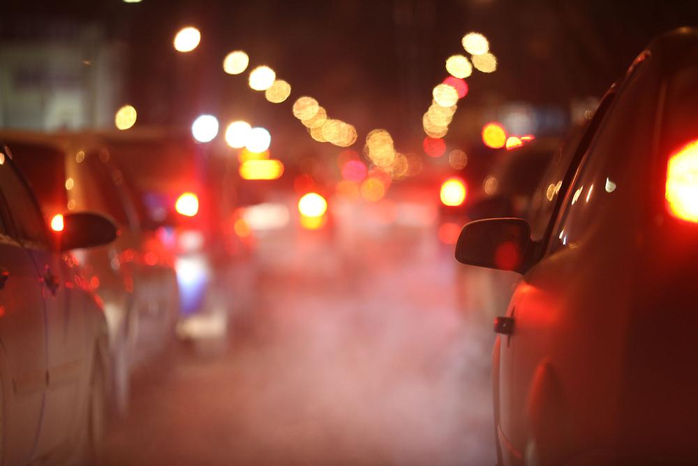 Voitures polluantes à l'heure de pointe ce qui peut causer un retrait de permis – Mon Amende